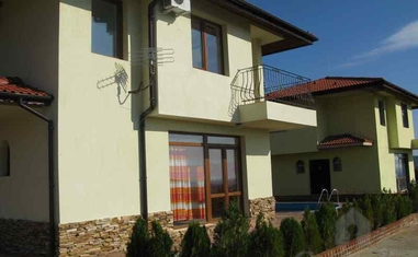 Дом в комплексе Грин Хиллс - дома / таунхаусы (Албена)в Болгарии