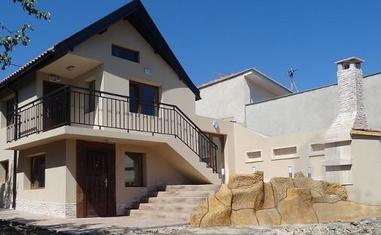 Двухэтажный дом  в Ален Мак - в Болгарии