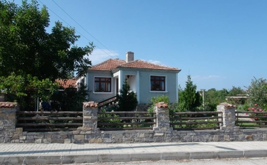 Дом АБН-1 - в Болгарии