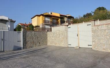 Дом в Кошарице - в Болгарии