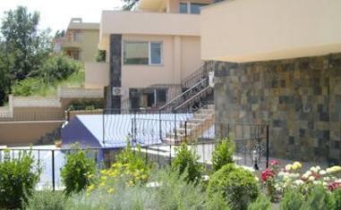 Розали (Rozali) - квартиры / апартаменты (Варна)в Болгарии