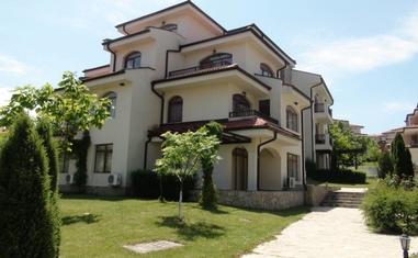 Двухкомнатная квартира ААХ-4 - в Болгарии