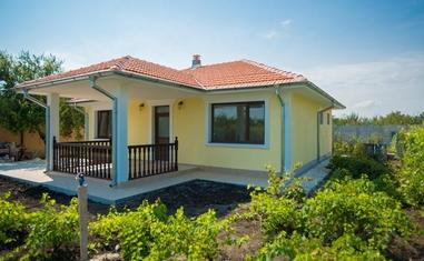 Дом в Тръстиково АБС-3 - в Болгарии